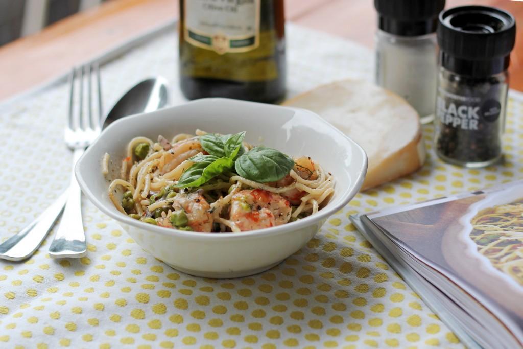 Tashas's prawn, pea and pasta dish