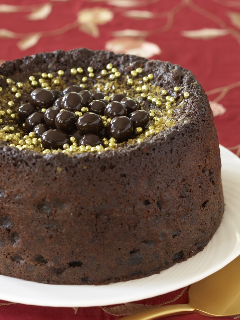 Nigella's easy chocolate fruitcake
