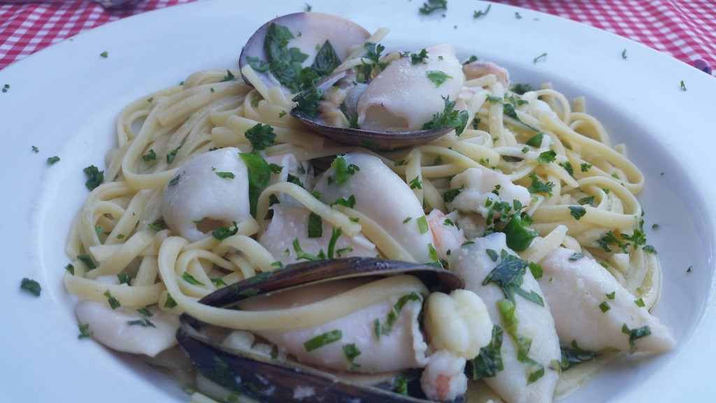 Seafood linguine with clams, mussels, pants and calamari