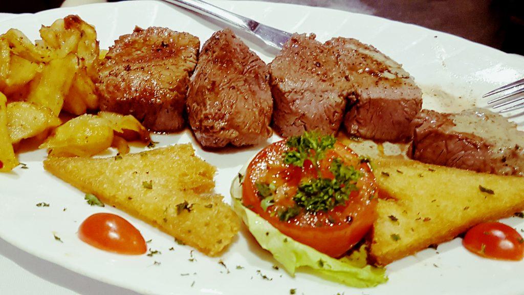 Chateau briand: enough steak to feed a rugby team